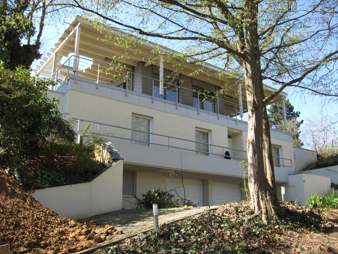 Umbau und Aufstockung eines Einfamilienwohnhauses
